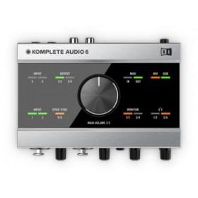 Native Instruments Komplete Audio 6 Geluidskaart + Software voor o.a. opname bovenkant