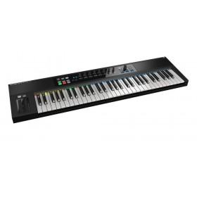 Native Instruments Komplete Kontrol S61mk2 Midi Keyboard - schuin voor