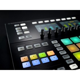 Native Instruments Maschine Studio - menu knoppen