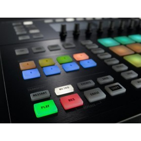 Native Instruments Maschine Studio - besturing knoppen