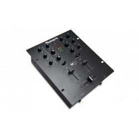 Numark M101USB 2 kanaals USB mixer / mengpaneel hoek