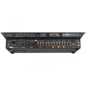 """aansluiteingen SYNQ SMD-5 - Robuuste 19"""" mixer"""