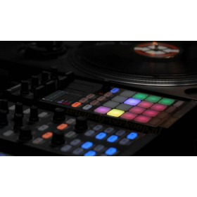 Native Instruments Traktor Kontrol F1 Pro DJ Software - combinatie met Kontrol X1
