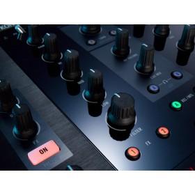 Native Instruments Traktor Kontrol Z2 Pro Mixer/Controller mixer zoom effecten