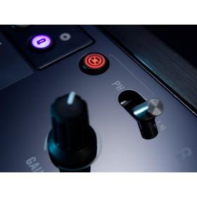 Native Instruments Traktor Kontrol Z2 Pro Mixer/Controller phone line schakelaar