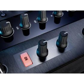 Native Instruments Traktor Kontrol Z2 Pro Mixer/Controller dry wett effect knoppen