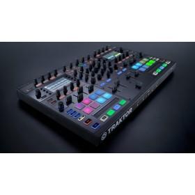 Native Instruments Traktor Kontrol S8 - Digitale DJ USB Midi Controller