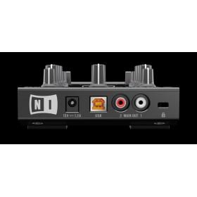 Traktor Kontrol Z1 2 kanalen Mixer Pro Dj Software Controller - aansluitingen geluidkaard, achterkant rca usb voeding