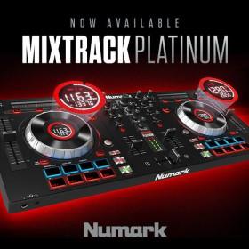 Numark Mixtrack Platinum DJ Controller met display  poster