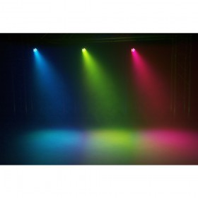 BeamZ SlimPar 30 6x3w RGB Led Spot met IRC - licht effect