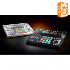 Native Instruments Maschine Studio - zwart en wit