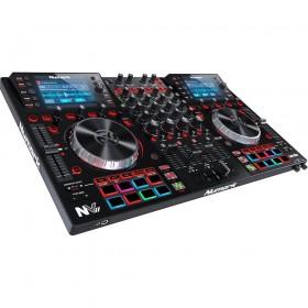 Numark NV II Digitale DJ Controller 4 kanalen schuin voor