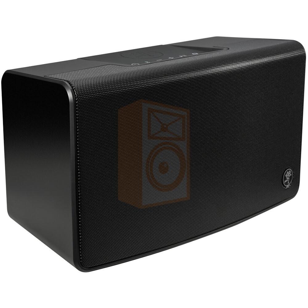 Mackie FreePlay LIVE Draadloze PA Bluetooth Speaker schuin aanzicht