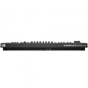 Achterkant en aansluitingen - Native Instruments Komplete Kontrol A49 Midi keyboard