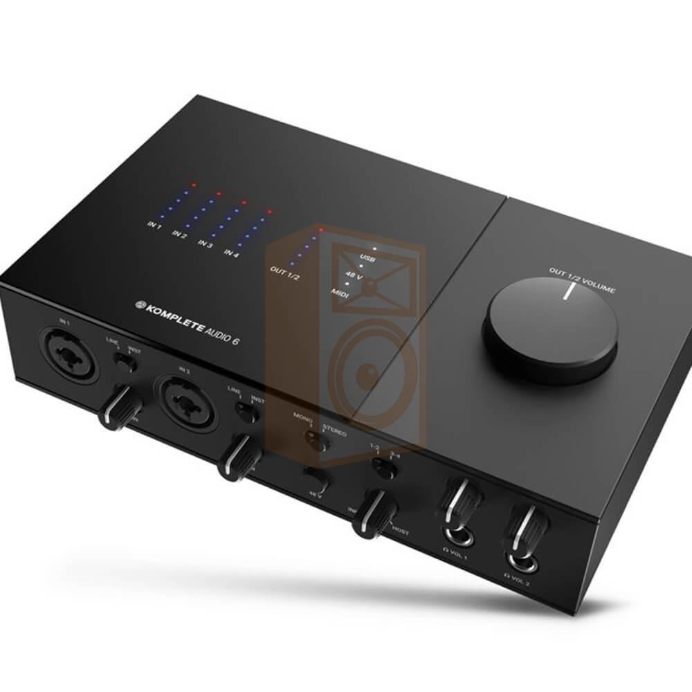 overzicht Native Instruments KOMPLETE AUDIO 6 MK2 - Pro studio geluidskaart