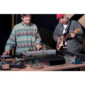 voorbeeld Native Instruments KOMPLETE AUDIO 6 MK2 - Pro studio geluidskaart