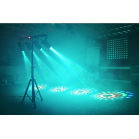 BeamZ 4-Some Lichtset 4x 57 RGBW LED's DMX live setting foto