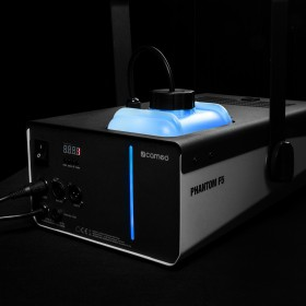 Blauwe tank van de Cameo - PHANTOM F51500 W DMX rookmachine met hoog vermogen en tweekleurige tankverlichting