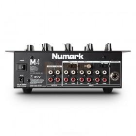 Numark M4 - 3 kanaals DJ mixer achterkant aansluitingen