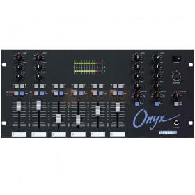 Dateq ONYX - 6 Kanalen mixer voorkant