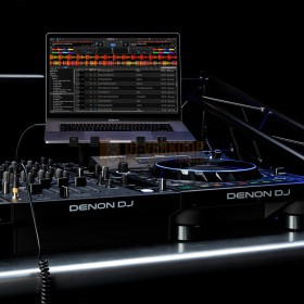 Gebruikers voorbeeld 4 Denon DJ LC6000 Prime - Performance uitbreiding controller