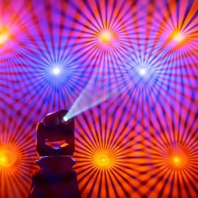 Cameo AURO® SPOT Z300 - LED Spot Moving Head  show 3