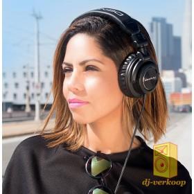 Denon DJ HP1100 Professionele DJ hoofdtelefoon - gebruikers voorbeeld